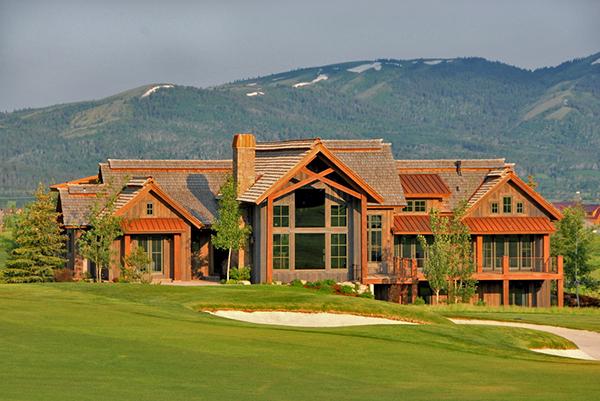 mountain-golf-house-bigger