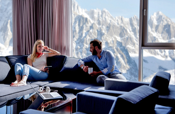 mountain-living-room-1